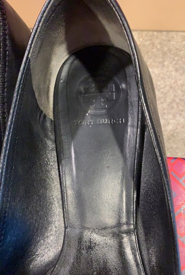 Tory Burch black with gold accent Flats Image 4