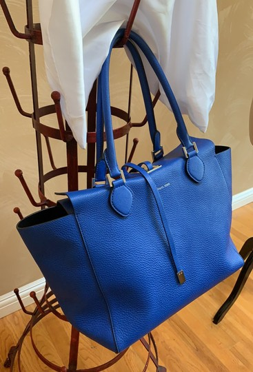 Michael Kors Collection #mirandatote Tote in Royal Blue. Image 1
