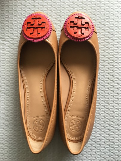 Tory Burch Tan Flats Image 5