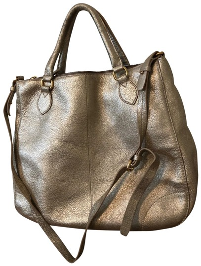 Preload https://img-static.tradesy.com/item/26031473/jcrew-bag-gold-leather-pebbledtextured-tote-0-3-540-540.jpg