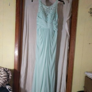 David's Bridal Mint Green Polyester Nylon and Lace Unknown Formal Bridesmaid/Mob Dress Size 8 (M)
