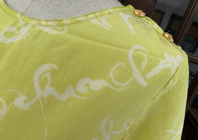 Chanel T Shirt lime green Image 5