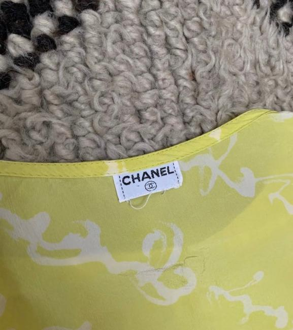 Chanel T Shirt lime green Image 6