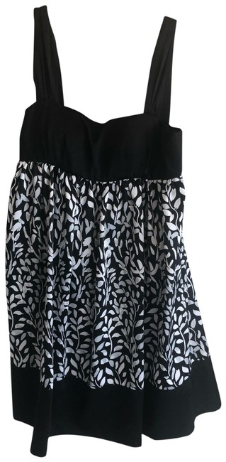 Preload https://img-static.tradesy.com/item/26031755/max-and-cleo-black-nwot-short-night-out-dress-size-4-s-0-1-650-650.jpg