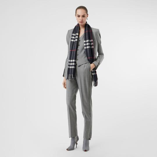 Burberry The Classic Vintage Check Cashmere Scarf Image 4