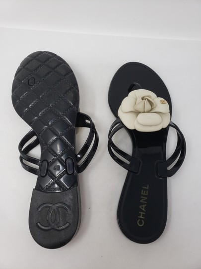Chanel Jelly Camellia Interlocking Cc Gold Hardware Silver Hardware Black Sandals Image 10