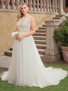 Casablanca Ivory Nude Lace Applique and Tulle 2310 Della Modern Wedding Dress Size 24 (Plus 2x)