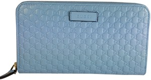 Gucci Women's 449391 Blue Leather Micro GG Guccissima Zip Around Wallet.