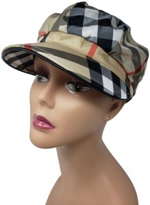 Burberry Beige multicolor Burberry House Check newsboy hat S sz