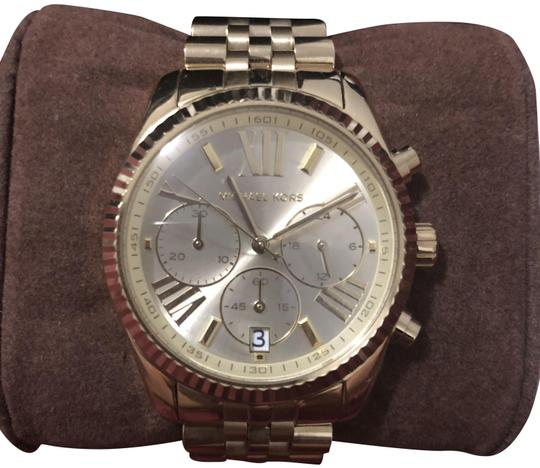 Preload https://img-static.tradesy.com/item/26039308/michael-kors-gold-tone-lexington-chronograph-women-watch-0-5-540-540.jpg