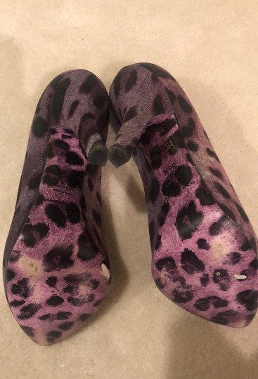 Dolce&Gabbana Purple Leopard Pumps Image 4