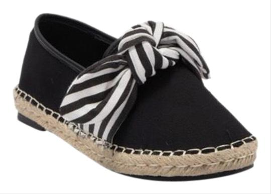 Preload https://img-static.tradesy.com/item/26039529/chase-and-chloe-black-new-espadrille-with-bow-flats-size-us-8-regular-m-b-0-4-540-540.jpg