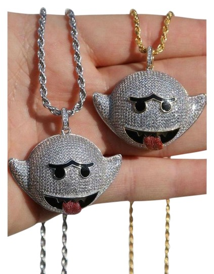 Preload https://img-static.tradesy.com/item/26039552/925-silver-flying-ghost-emoji-iced-out-diamond-rope-chain-charm-0-3-540-540.jpg