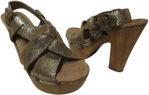 Sbicca Leather Wood Sandals brown & gold Platforms