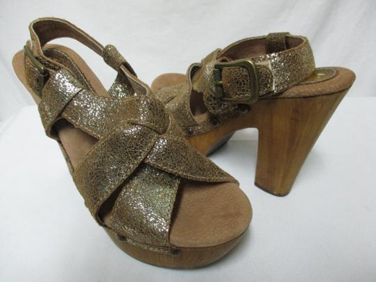 Sbicca Leather Wood Sandals brown & gold Platforms Image 5