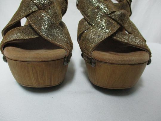 Sbicca Leather Wood Sandals brown & gold Platforms Image 8