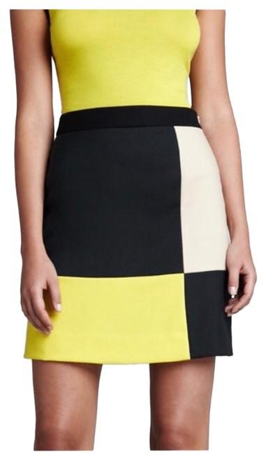 Preload https://img-static.tradesy.com/item/26039663/kate-spade-green-yellow-beige-black-color-skirt-size-2-xs-26-0-5-650-650.jpg