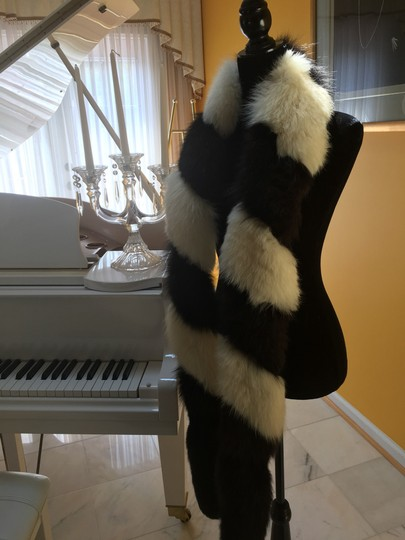 Other Fox fur scarf Image 8