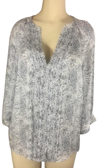 Preload https://img-static.tradesy.com/item/26039768/joie-black-and-white-sexy-soft-flowy-blouse-size-14-l-0-4-650-650.jpg