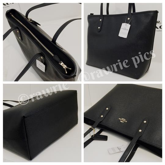 Coach Shoulder Leather F58846 Tote in Black Image 2