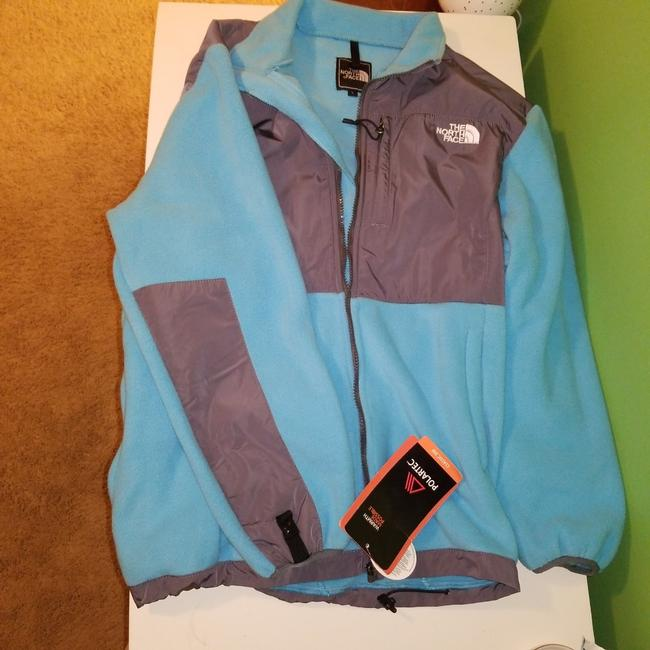 Preload https://item2.tradesy.com/images/the-north-face-blue-jacket-size-12-l-26039786-0-0.jpg?width=400&height=650