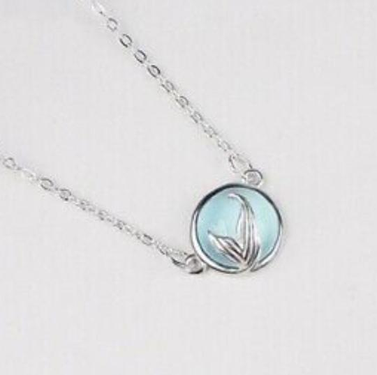 Necklace Image 3