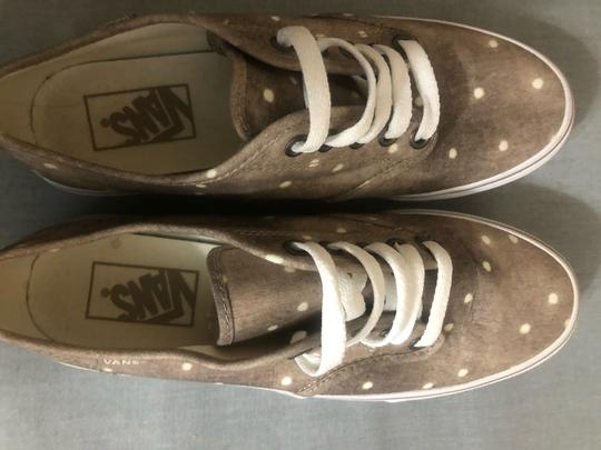 Vans Beige and White Athletic Image 3