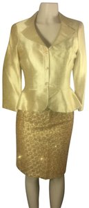 Kay Unger luxury gold Lamae and glitter sequin skirt suit