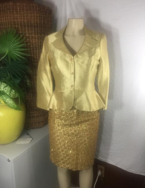 Kay Unger luxury gold Lamae and glitter sequin skirt suit Image 1