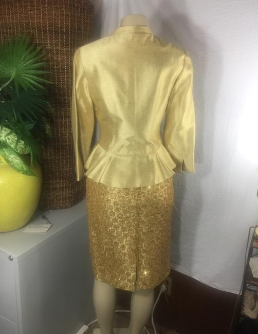 Kay Unger luxury gold Lamae and glitter sequin skirt suit Image 3
