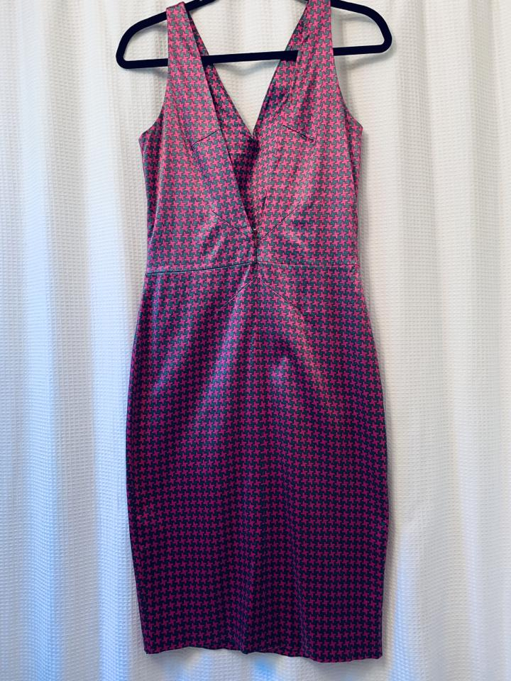 Dolce Gabbana Fuchsia Houndstooth Slinky Party Mid Length Night Out Dress Size 4 S 81 Off Retail