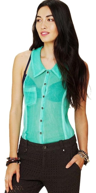 Preload https://img-static.tradesy.com/item/26039869/free-people-we-the-sleeveless-tank-button-down-top-size-6-s-0-2-650-650.jpg