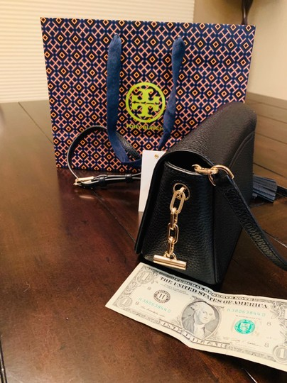 Tory Burch Cross Body Bag Image 9