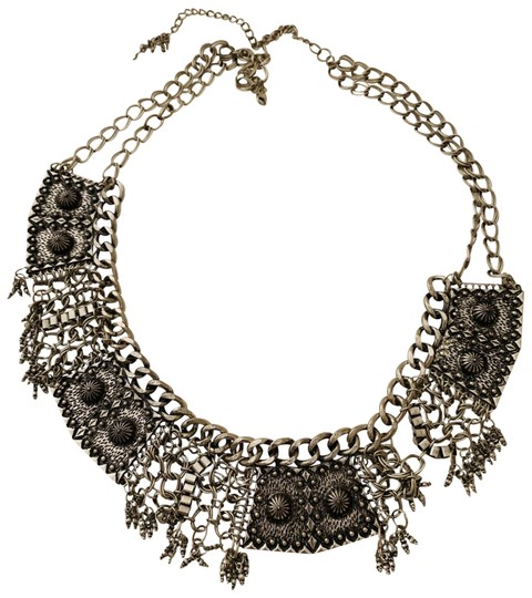 Preload https://img-static.tradesy.com/item/26040009/anthropologie-silver-bohemian-belt-0-2-540-540.jpg