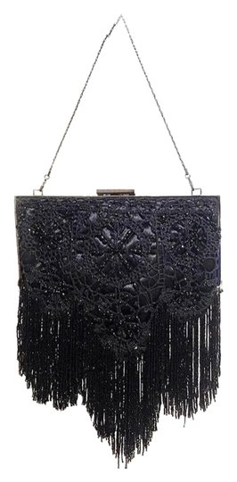 Preload https://item1.tradesy.com/images/badgley-mischka-shoulder-bag-small-beaded-black-clutch-26040050-0-4.jpg?width=440&height=440