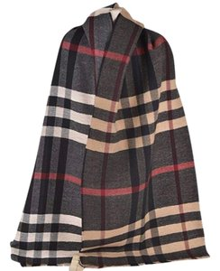 Burberry Multi color Camel Reversible Nova Check unisex wool