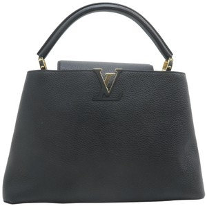 Louis Vuitton Lv Calfskin Capucines Taurillon Tote in Black