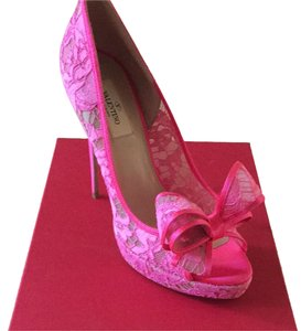 Valentino Pink/Hot pink Pumps