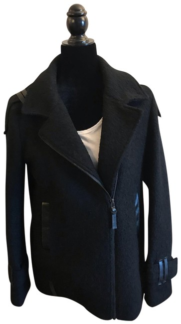 Item - Black Boucle and Leather Coat Size 12 (L)