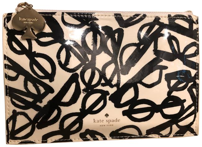Item - Ivory Cosmetic Bag