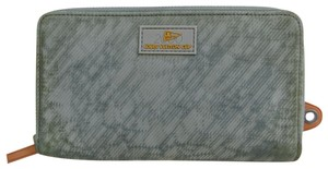 Louis Vuitton Vintage Limited Edition Wristlet in Gray