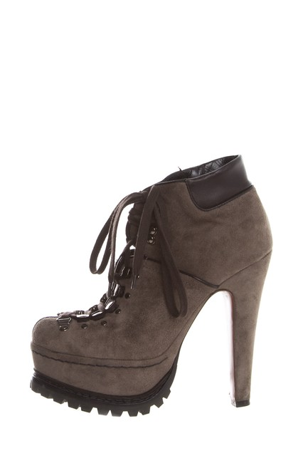 Item - Gray Suede Boots/Booties Size EU 37 (Approx. US 7) Regular (M, B)