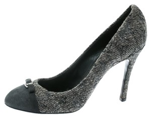 Louis Vuitton Monogram Suede Grey Pumps
