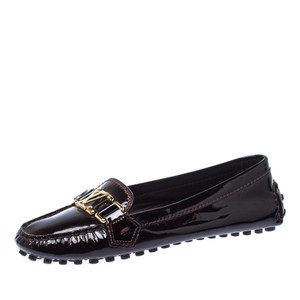 Louis Vuitton Patent Leather Leather Burgundy Flats