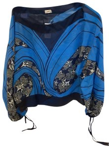 Warm Top black blue with some white