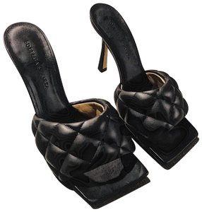 Bottega Veneta Black Mules