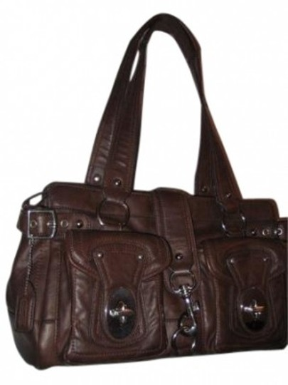Preload https://item1.tradesy.com/images/coach-brown-leather-hobo-bag-26050-0-0.jpg?width=440&height=440
