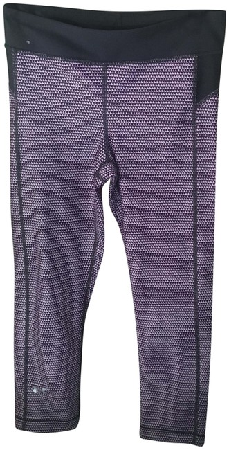 Item - Pink and Black Activewear Bottoms Size 4 (S, 27)