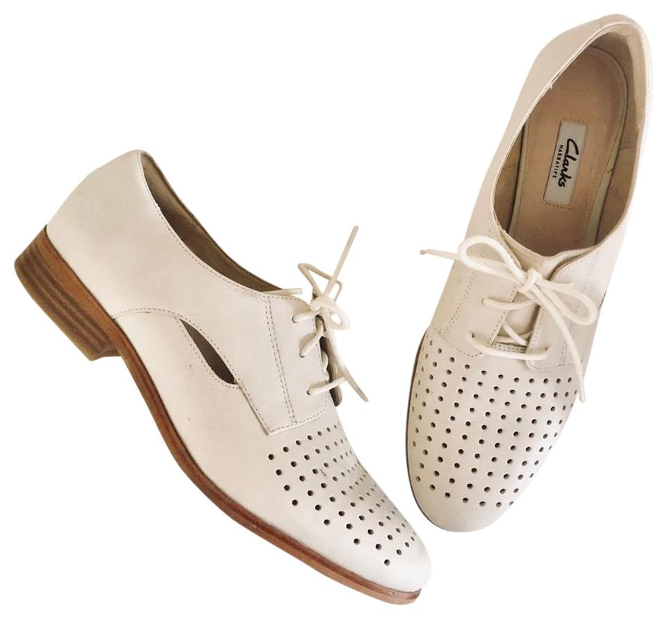 grossisthandlare rimligt pris beställa Clarks Cream Narrative Lasercut Oxford Lace Flats Size US 10 ...