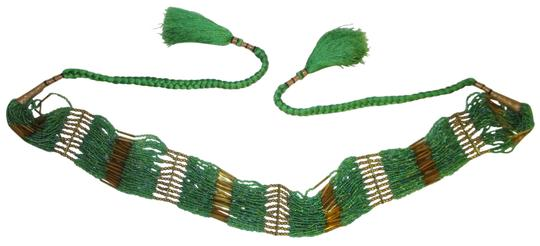 Preload https://img-static.tradesy.com/item/26053650/green-and-gold-vintage-beaded-tie-belt-0-2-540-540.jpg
